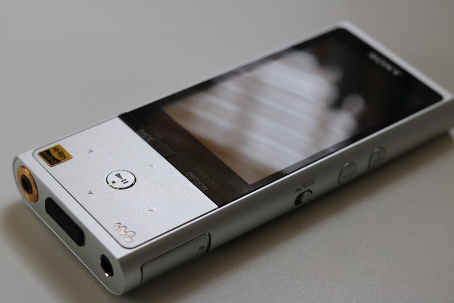 【レビュー】 SONY WALKMAN「NW-ZX100」は「音を聴く」を追求した最高峰のDAPである。【MP3プレイヤー】