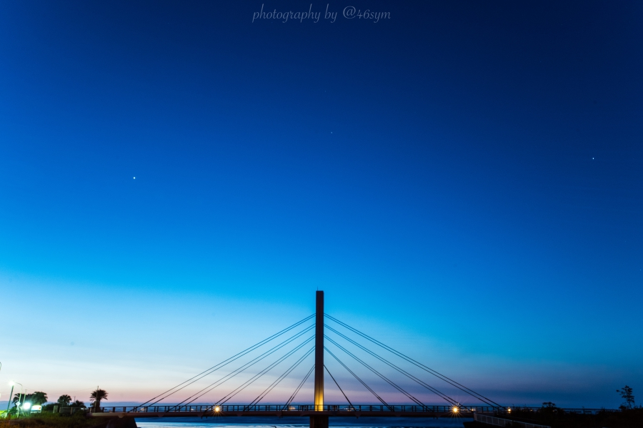 【日の出撮影スポット】千葉県南房総市に架かる「和田サーフ橋」がオシャレで朝焼けも渋くてオススメ【フォトジェニック】